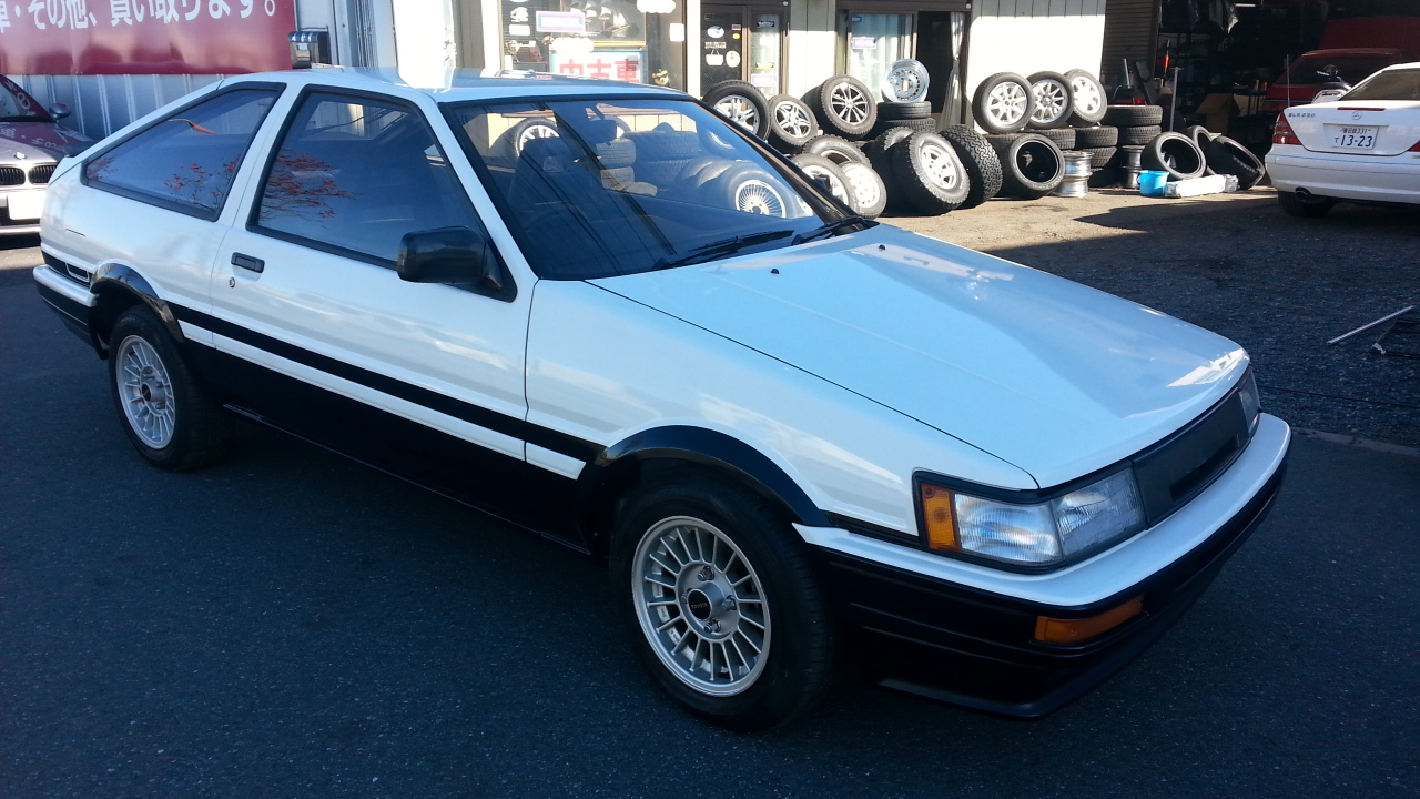 TOYOTA LEVIN COUPE AE86 GT APEX TWIN CAM